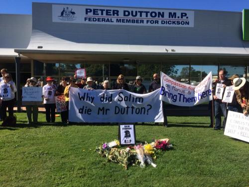 Vigil for Salim outside Peter Dutton's Office, Brisbane, 2018. Photo: Refugee Action Collective Queensland.